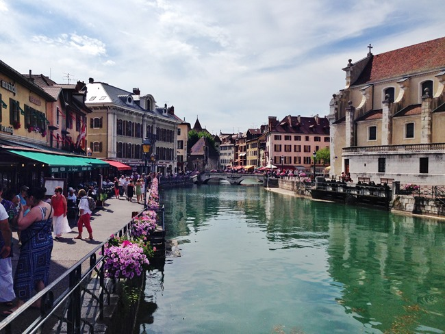 Annecy vieille ville a life exotic for Piscine a annecy